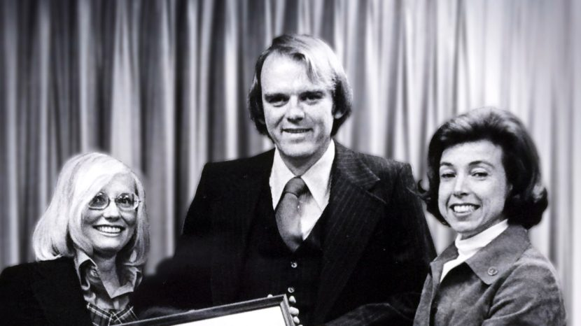 Robert Hunter became the federal insurance administrator in 1976. On the right is then-Secretary of Housing for Urban Development Carla Hills, and on the left is his wife, Carole. Screenshot courtesy of Frontline (PBS)