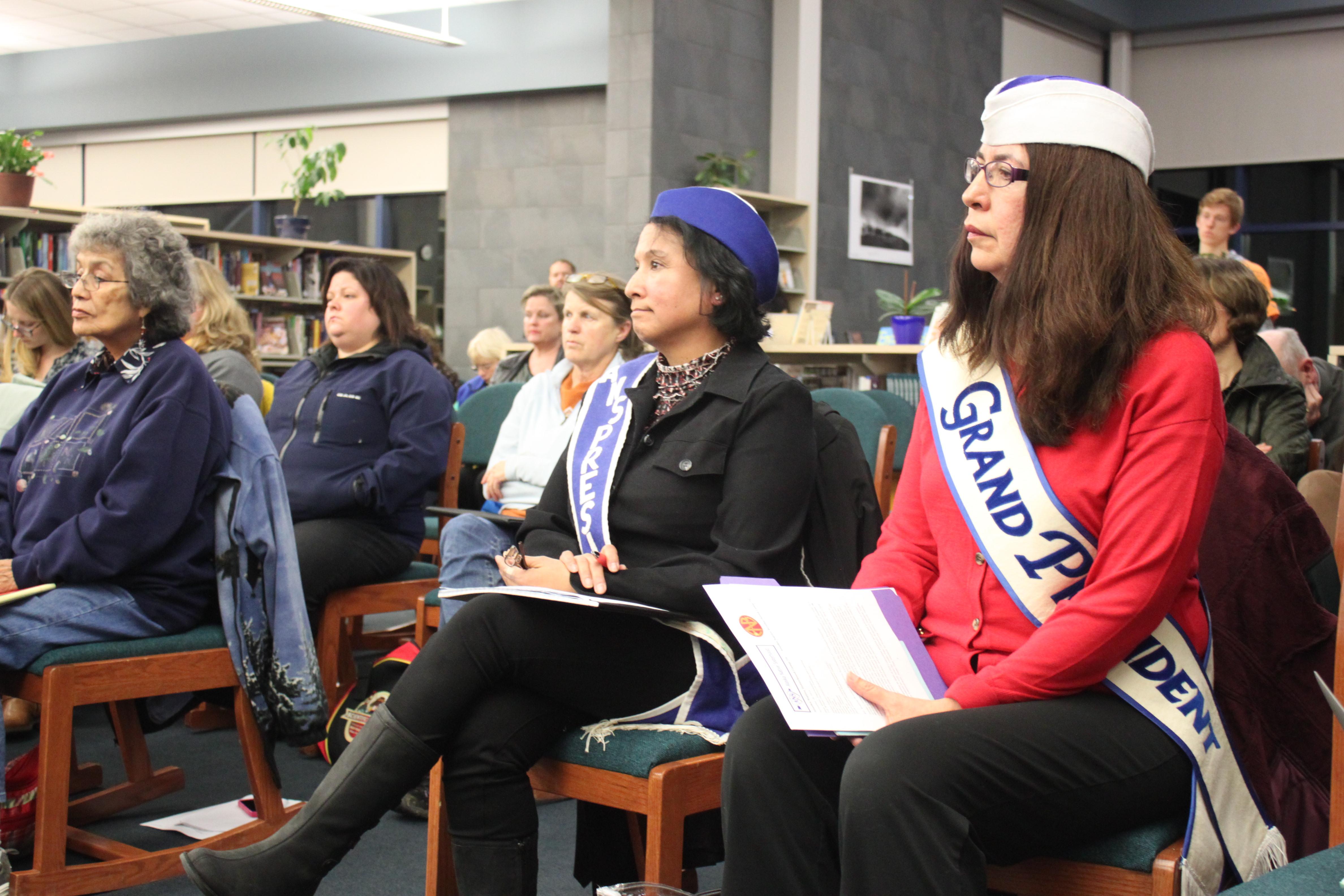 Freda Westman, right, at a school board meeting in November 2014. (Photo by Lisa Phu/KTOO)