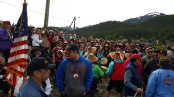 Sandy Beach canoe arrival crowd celebration 2016