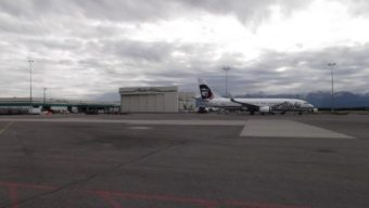 Alaska's current maintenance hangar in Anchorage, Alaska. (PRNewsFoto/Alaska Airlines)