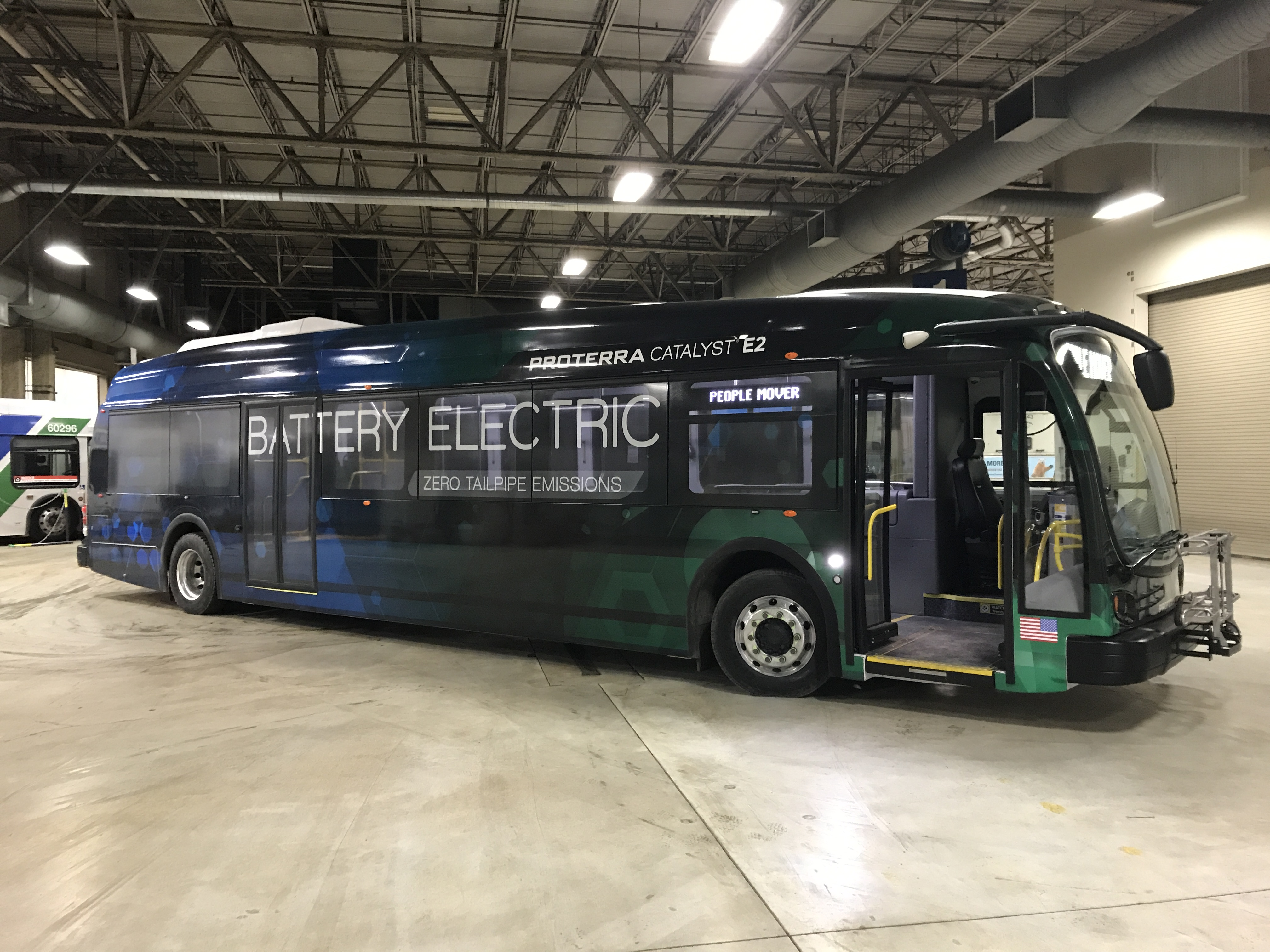 A Proterra Catalyst E2 electric bus, under lease to Anchorage's People Mover public transit system. (Photo by Casey Grove/Alaska Public Media)