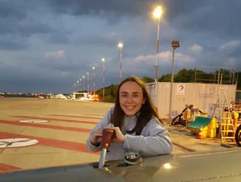 Zara Rutherford refueling